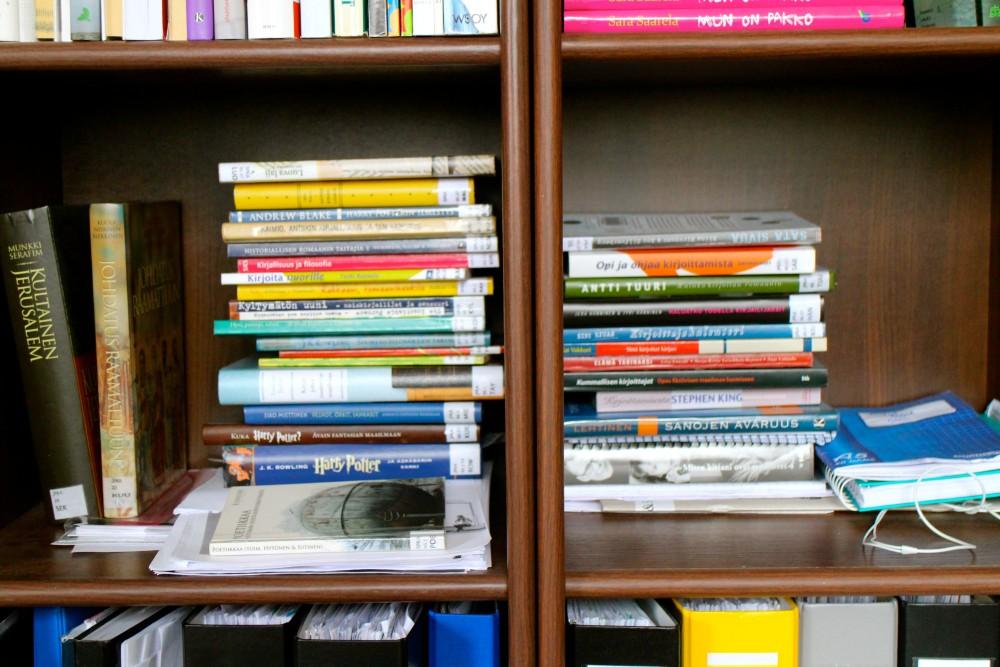Kävin kirjastossa. ;)
